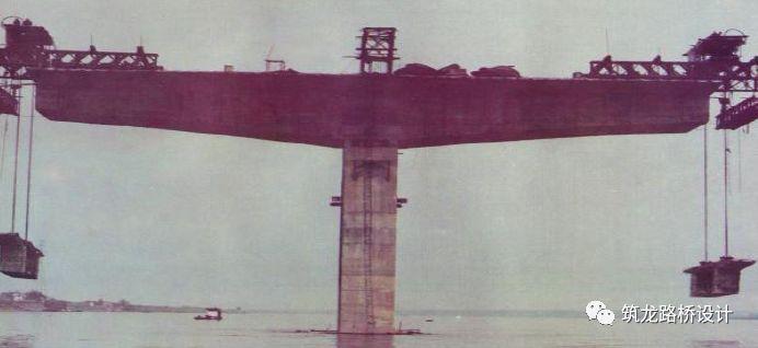 当代桥梁新技术--无承台单排桩