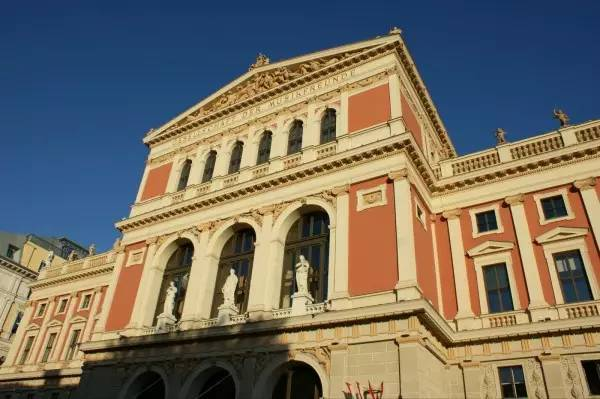 全球50个地标性建筑,认识10个就算你合格!-维也纳金色大厅(奥地利•维也纳).jpg