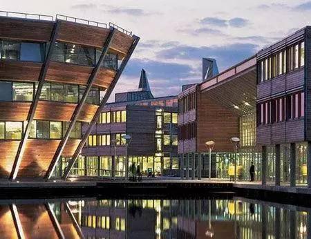 颜值时代,细数全球15座最酷最奇特的学校建筑!_15
