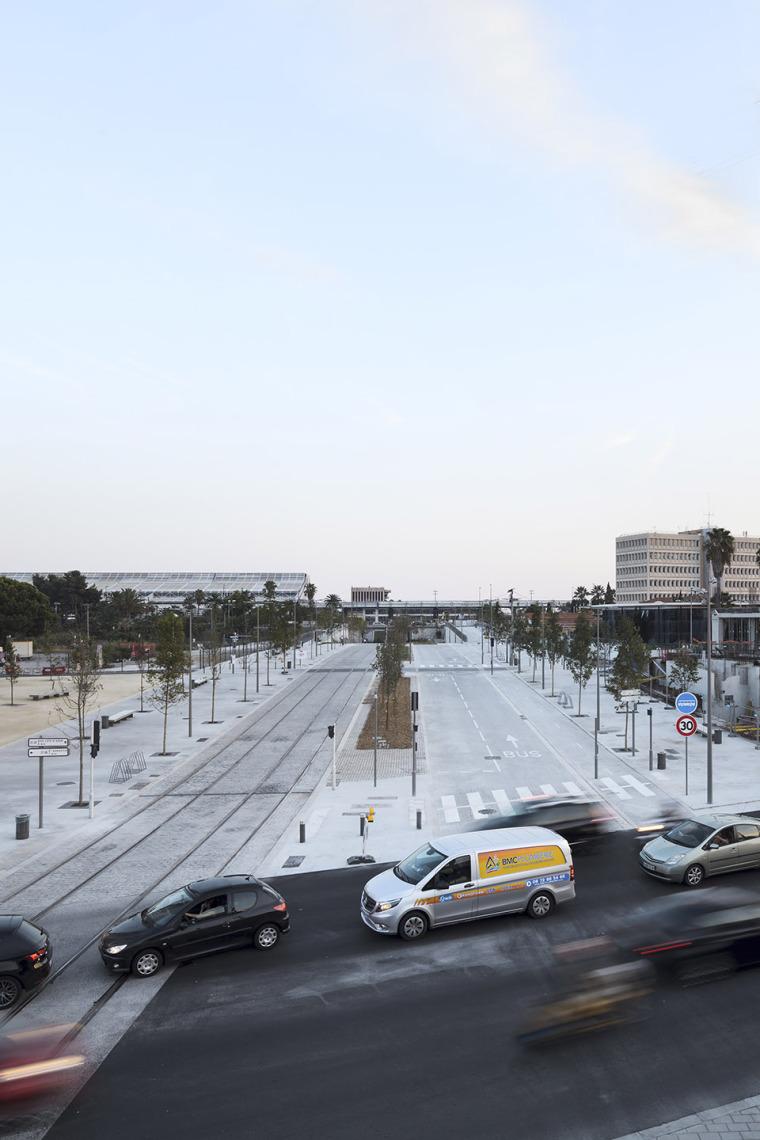 法国尼斯新综合联运枢纽中轴线-15