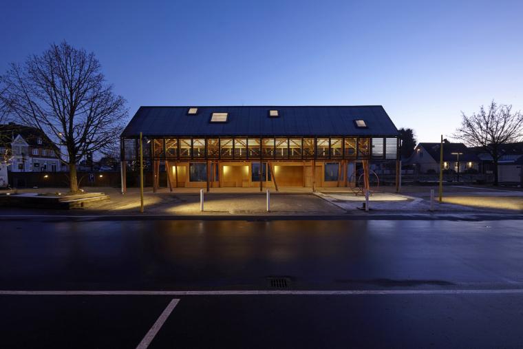 丹麦木结构公共市场-4