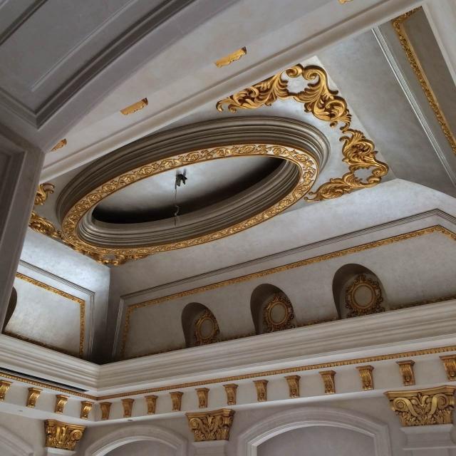北京酒店别墅造型吊顶艺术漆石膏线描金实例展示