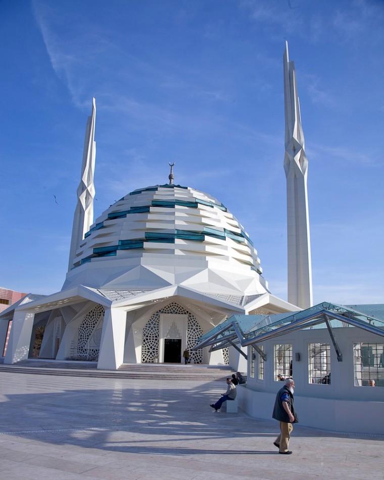 土耳其马尔马拉大学神学系清真寺-2