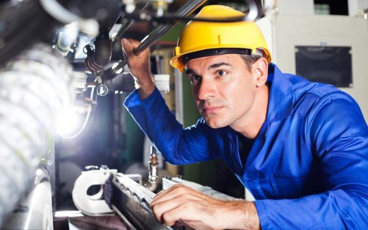 电工技术人员都知道,电气电路出现故障是很普遍的现象,并且电路