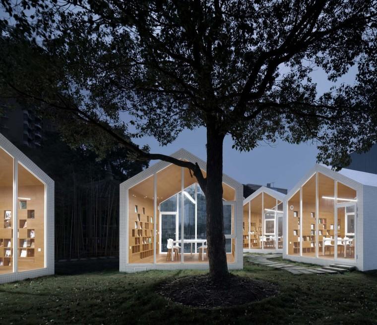 80㎡校园草地图书馆