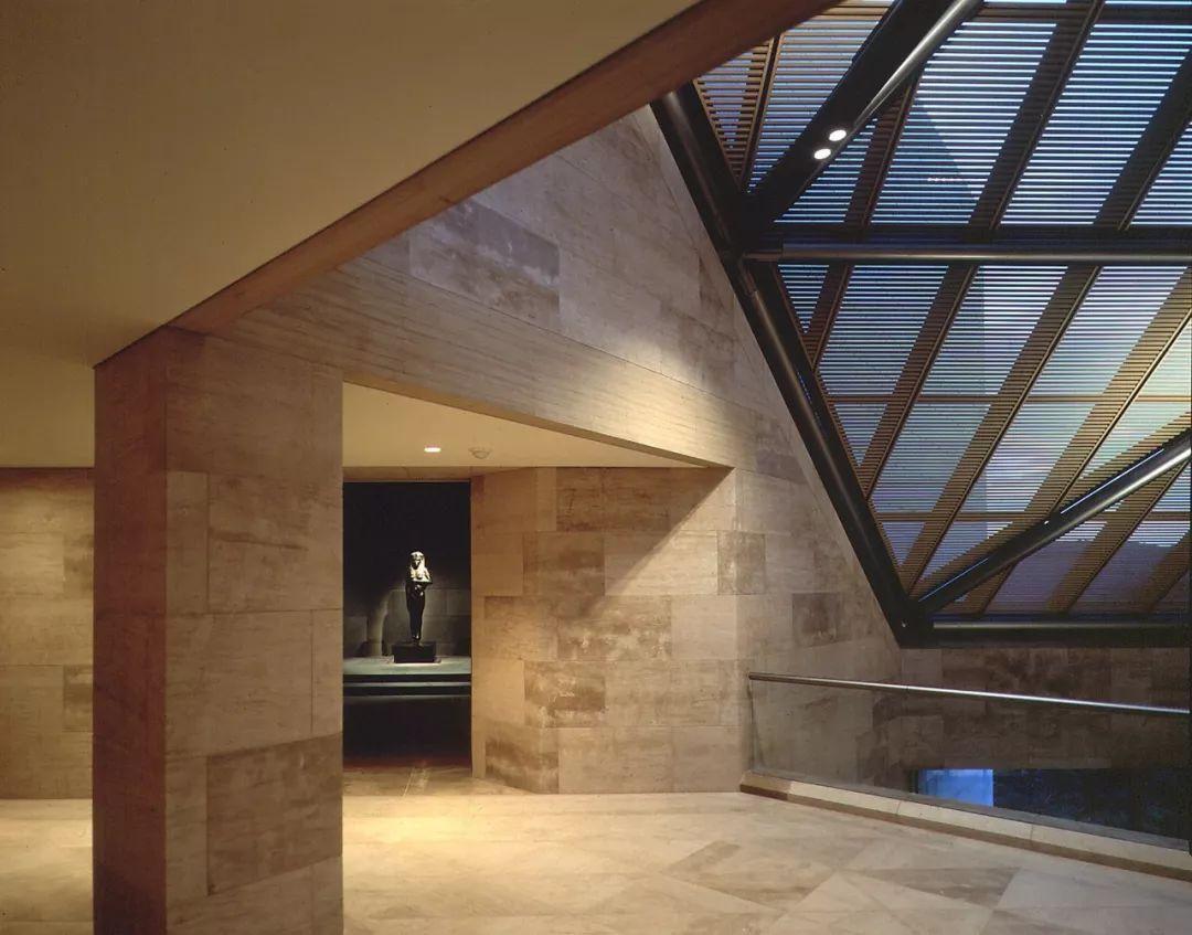 致敬贝聿铭:世界上最会用「三角形」的建筑大师_68