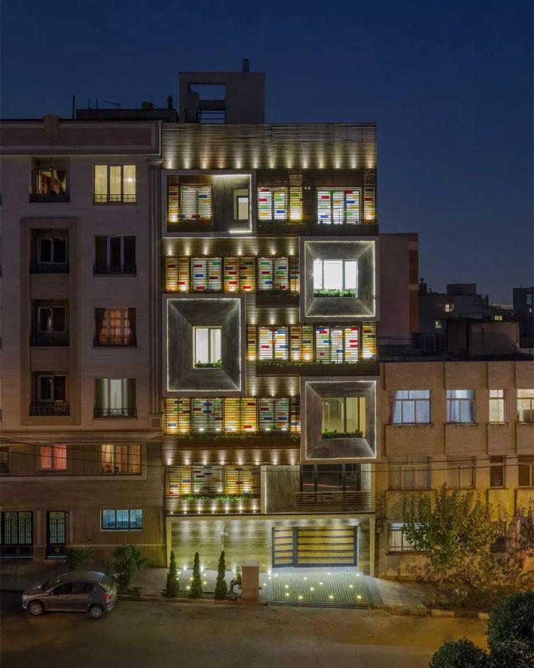 从33张一点透视看建筑立面构成_3