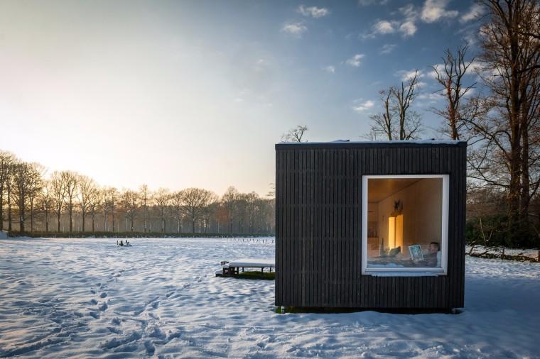 比利时能移动的生态小木屋00