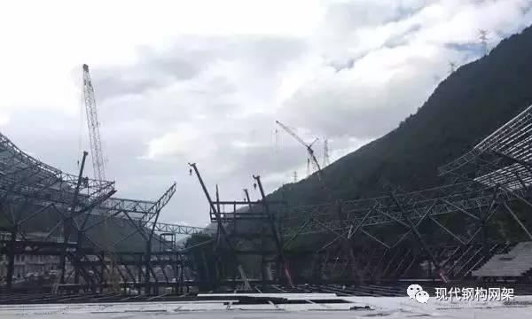 [实例]康定体育馆金属屋面工程施工技术分析_6