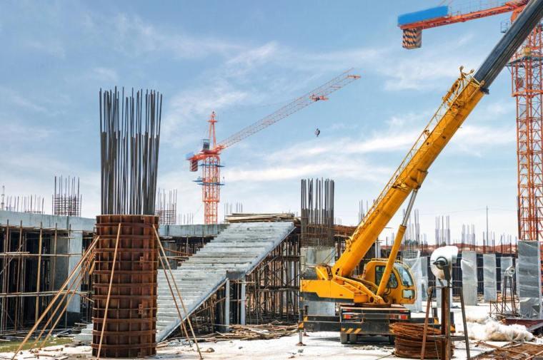 泉州市把工地围挡的设置列入开工条件审查要件