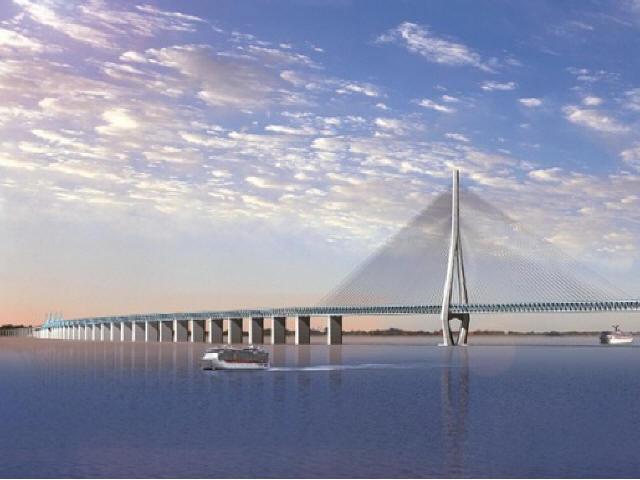 沪通长江大桥开始建造325米高的塔柱了!
