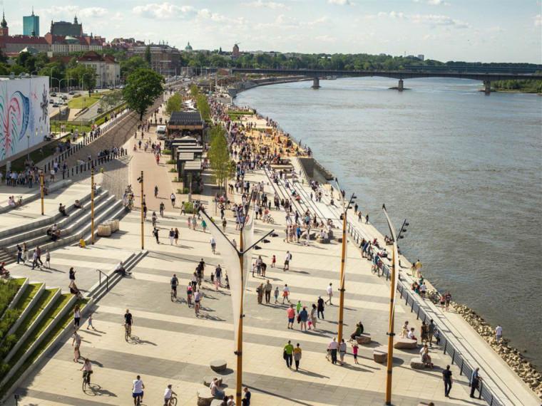 波兰维斯瓦河滨河大道