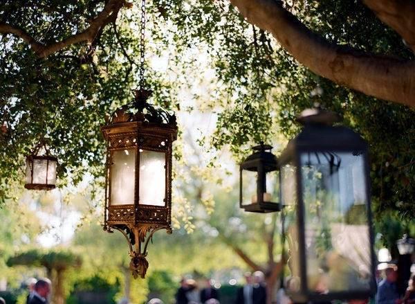 园林布置别墅cad资料下载-美翻了!国外88个别墅花园的灯光布置,逆天了