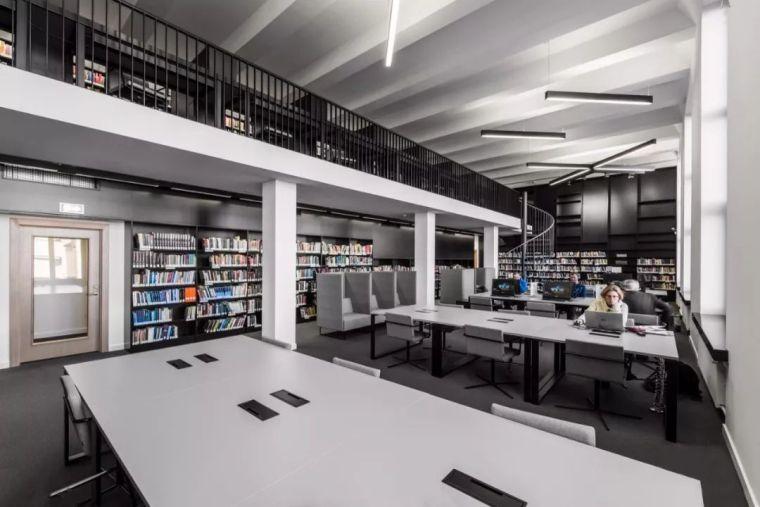 12座设计感超强的图书馆建筑!_11
