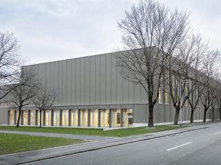 英国Balzers体育馆改造
