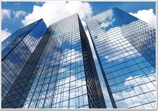 超高层建筑单元式幕墙工程监理控制
