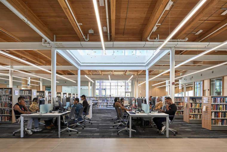 加拿大Albion图书馆-23