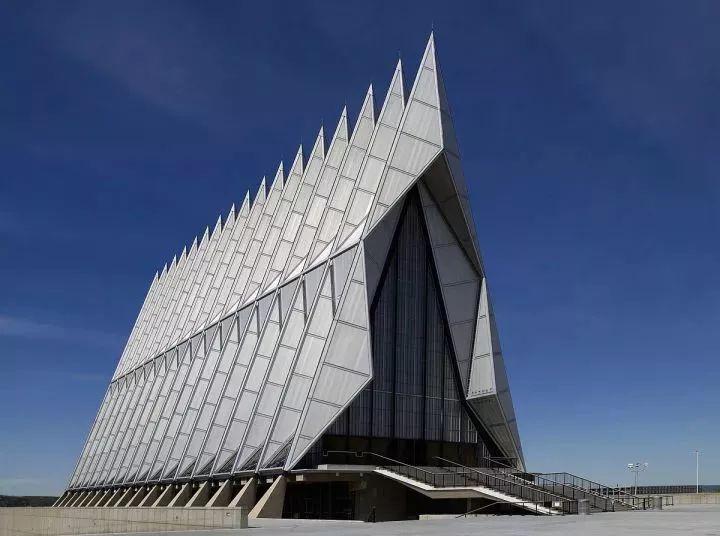 钢结构建筑设计中的数学之美_23