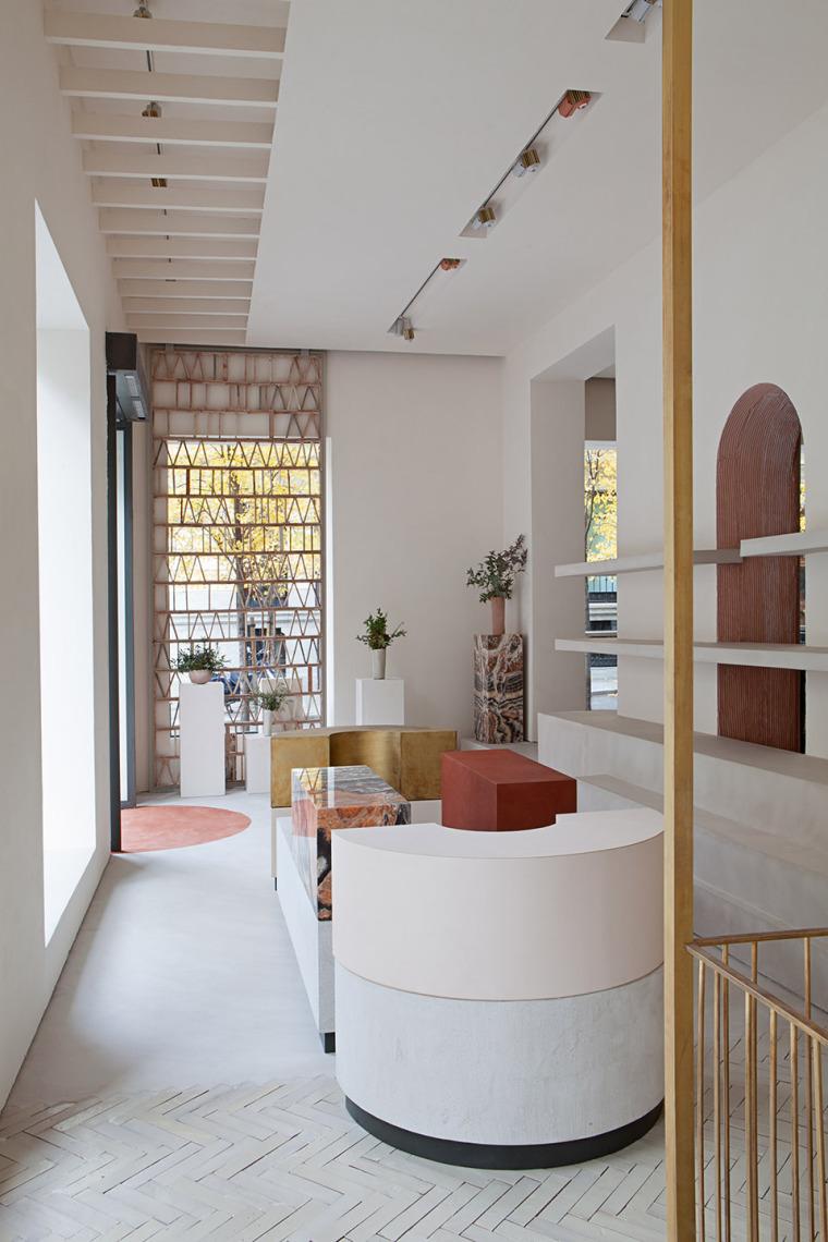 西班牙充满灵性空间Malababa旗舰店室内实景图