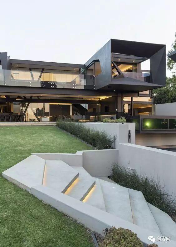 40款·简洁的现代别墅设计_16