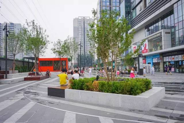一个单词产生的设计灵感,结果火了北京的商业广场~_14