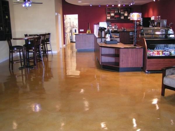 咖啡店着色混凝土地坪