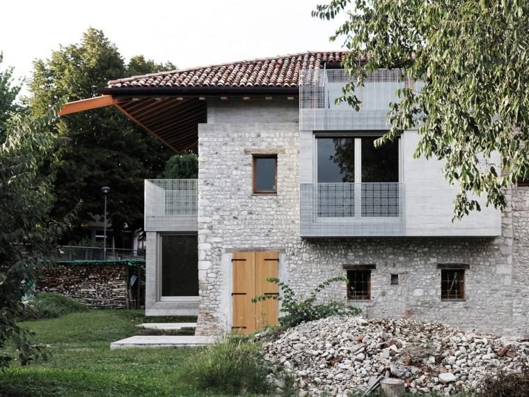 意大利石墙建筑-1
