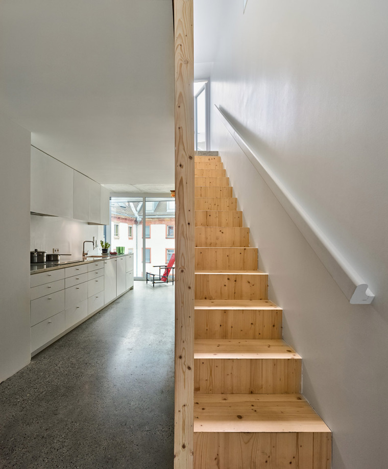 法国斯特拉斯堡办公室与住宅建筑-25
