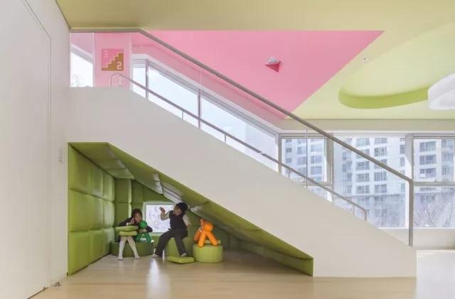 首尔幼儿园设计|空间结构与色彩搭配_11