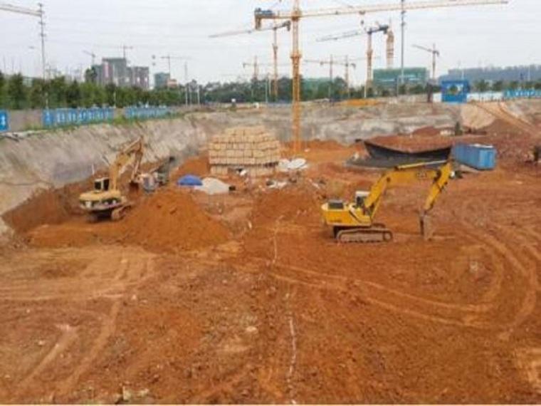 深基坑支护与土方开挖施工方案
