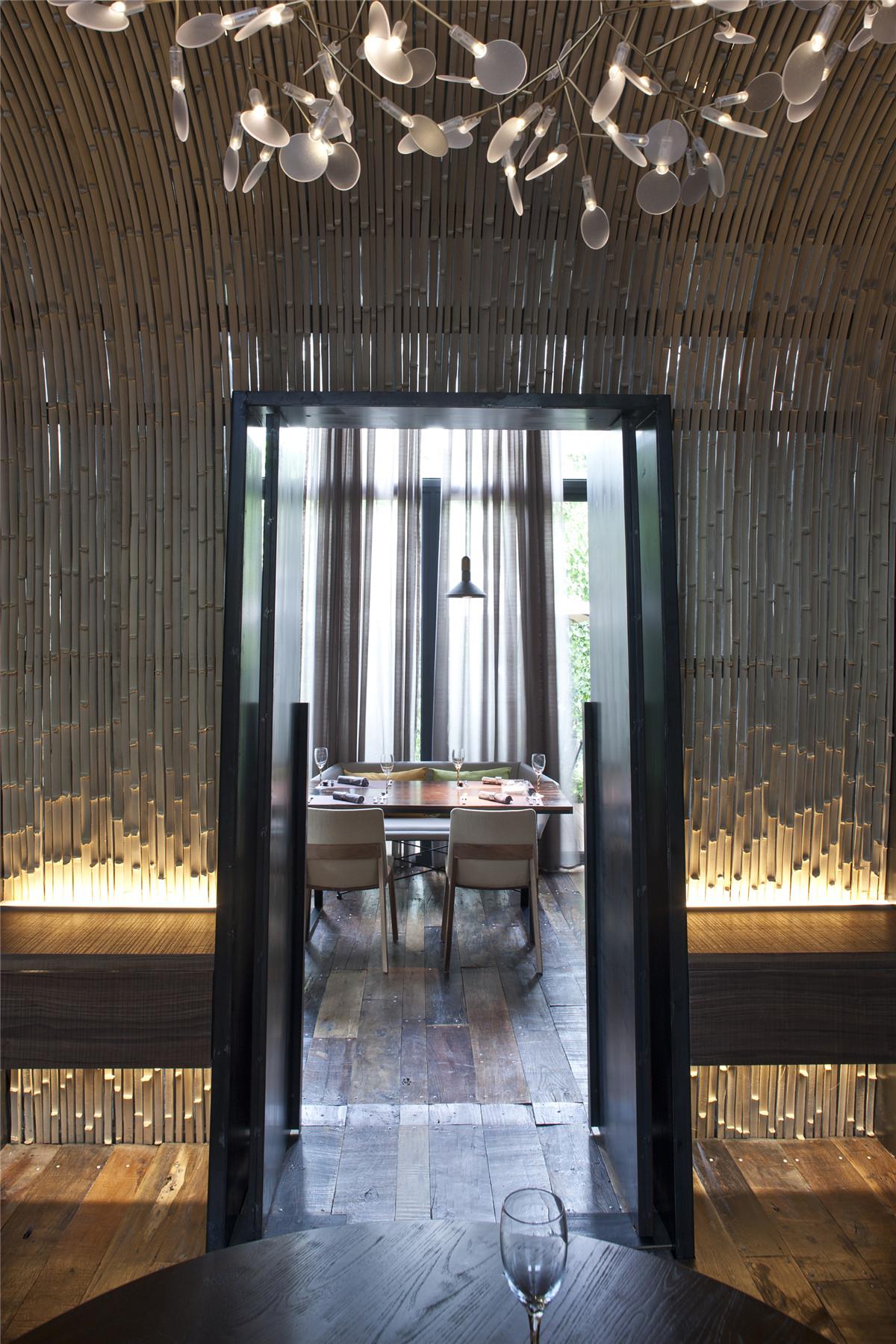 清风微拂—视觉与味觉的诗意融合(附25套餐饮空间设计案例)_26