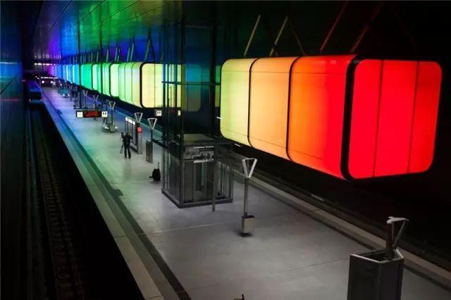 世界最美地铁景观,美到让你不想回家_59