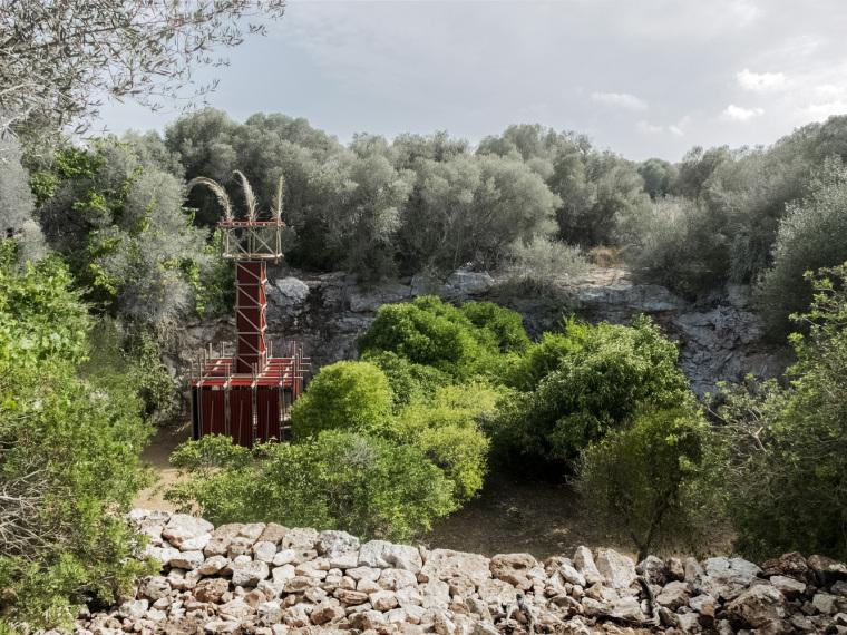 西班牙红色瞭望塔