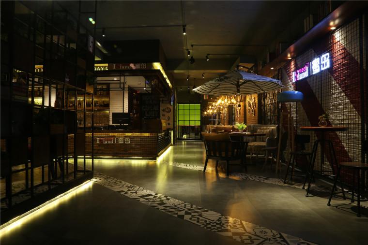 内蒙古·蜜岛工业风西餐厅设计,就该这么有腔调