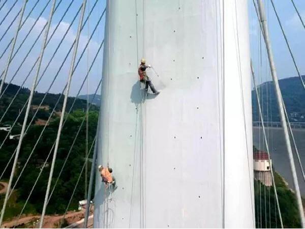 宜宾路桥长江桥亮化工程涂装作业单元顺利完工
