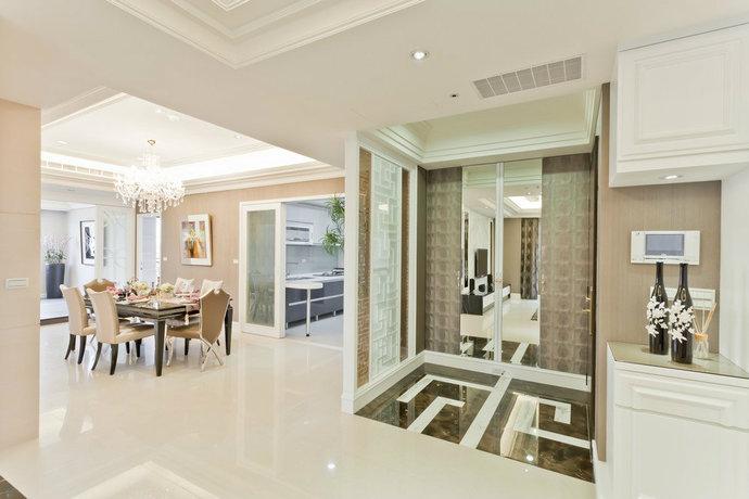 181平方米婚房新古典餐厅装修效果图