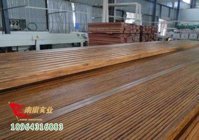 户外高耐重竹木地板的价格是多少