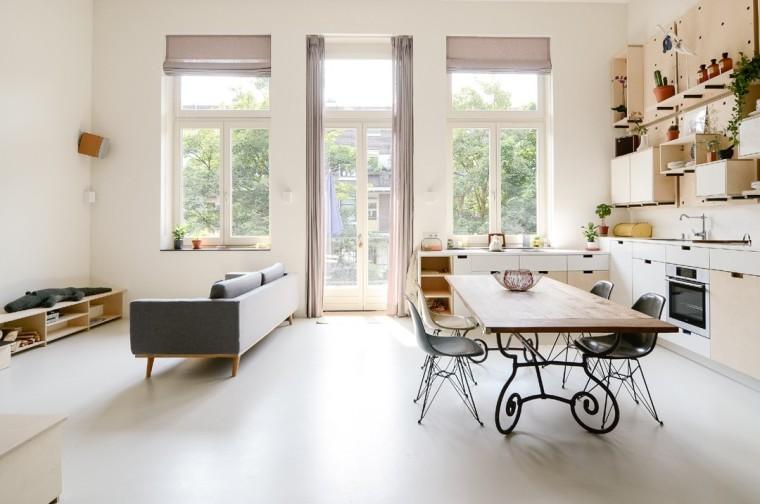 荷兰旧学校改造现代公寓