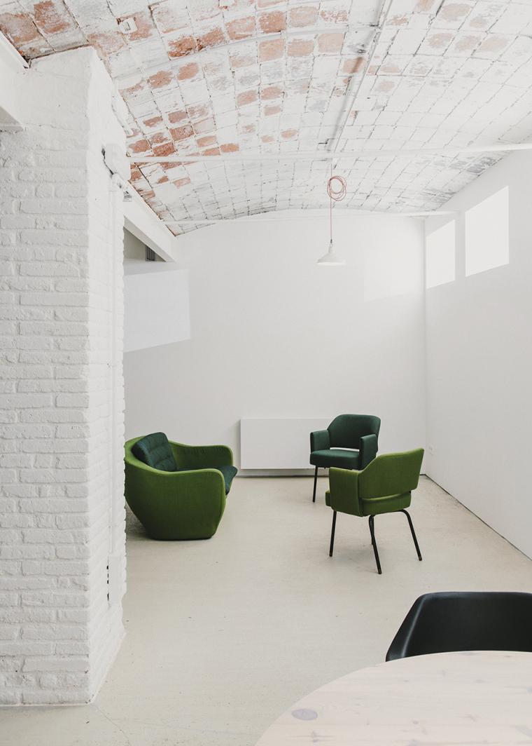 仓库建筑的古典风格Montoya办公楼-25