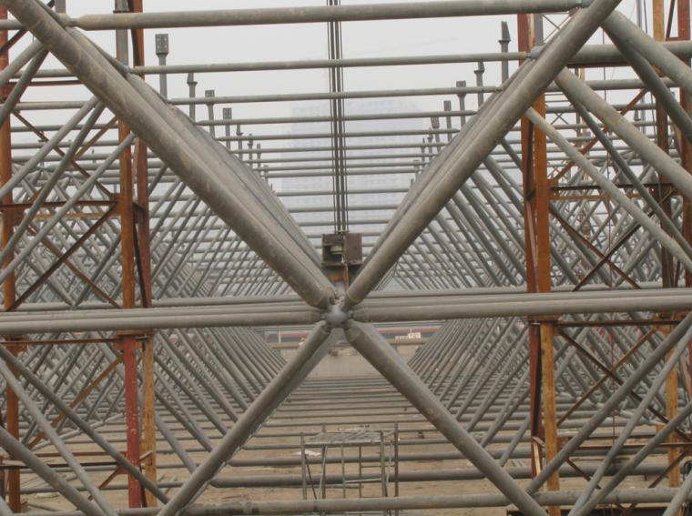 天津飞机维修机库网架工程专项提升方案(液压同步提升技术)