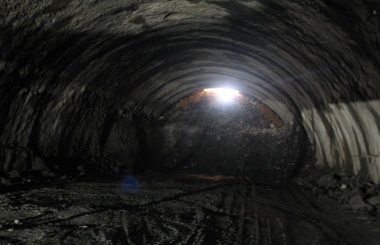 隧道监控量测之隧道涌水地质灾害四大类型