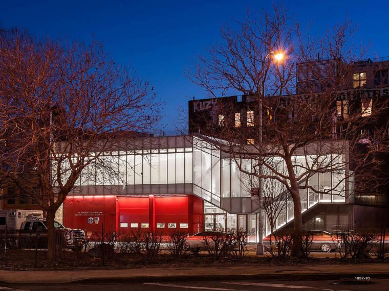 美国现代风格的消防站