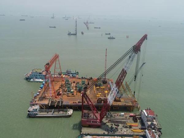 深中通道全线桥梁桩基工程开钻 高30层楼海中大桥将成世界之最