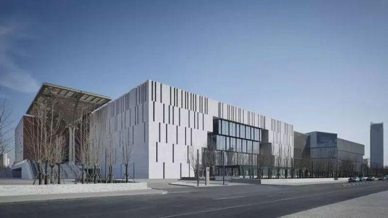 一个崭新的文化地标——天津滨海美术馆
