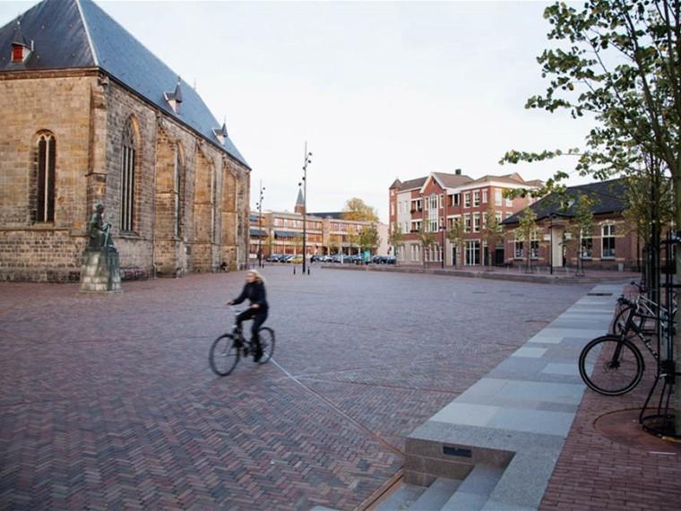 荷兰Plechelmus广场