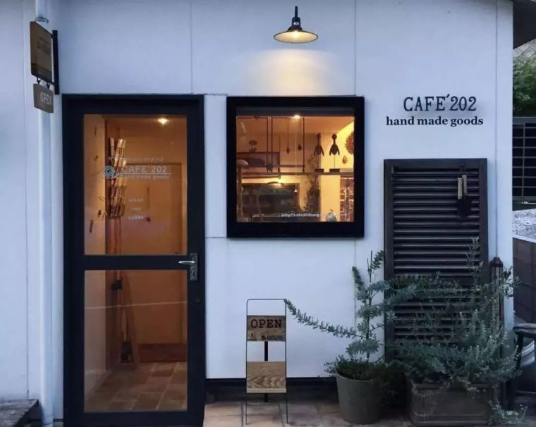 小夫妻改造50㎡手工咖啡屋,斩获无数ins粉丝