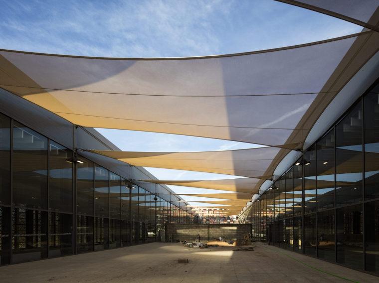 摩洛哥可拓展性盖勒敏机场外部实景图 (14)