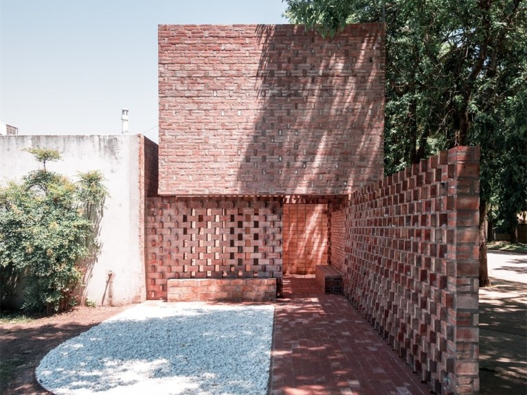 阿根廷沉重虚空构筑的纪念中心