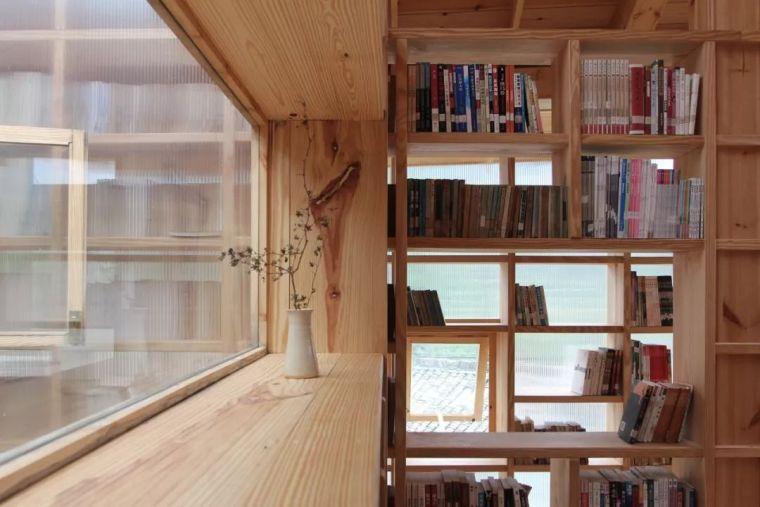 """他们在大山深处建造了一个""""悬浮""""书屋,凝聚起逐渐消逝的乡情_28"""