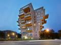 """垂直悬挑的""""美丽风景"""":荷兰Belvedere 大楼 / René van Zuuk A"""